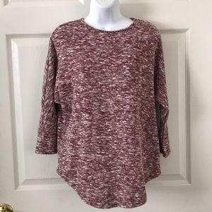 ♦️5-$25♦️Shein 3/4th Sleeve Burgundy Knit Shirt